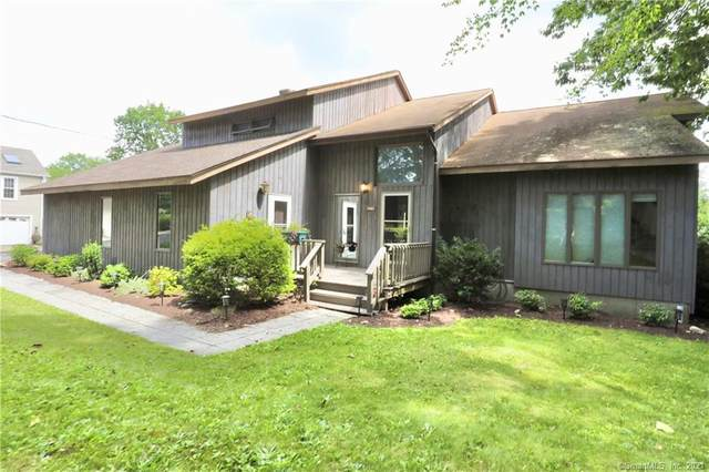 155 Huntington Road, New Haven, CT 06512 (MLS #170426094) :: Linda Edelwich Company Agents on Main