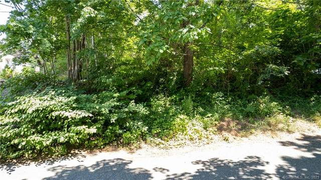 40 Dey Street, Griswold, CT 06351 (MLS #170426348) :: Linda Edelwich Company Agents on Main