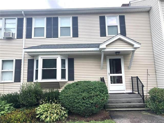 8 Castle Meadow Drive #8, Stonington, CT 06379 (MLS #170426725) :: Linda Edelwich Company Agents on Main