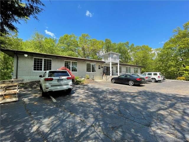 887 Main Street, Monroe, CT 06468 (MLS #170426975) :: Michael & Associates Premium Properties | MAPP TEAM