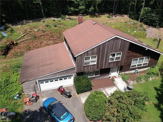 8 Saddle Ridge Road, Newtown, CT 06470 (MLS #170426982) :: Michael & Associates Premium Properties | MAPP TEAM