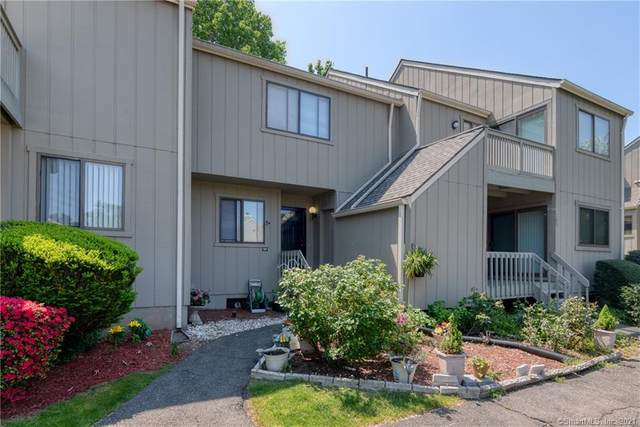 107 Watch Hill Road #107, Branford, CT 06405 (MLS #170427020) :: Linda Edelwich Company Agents on Main