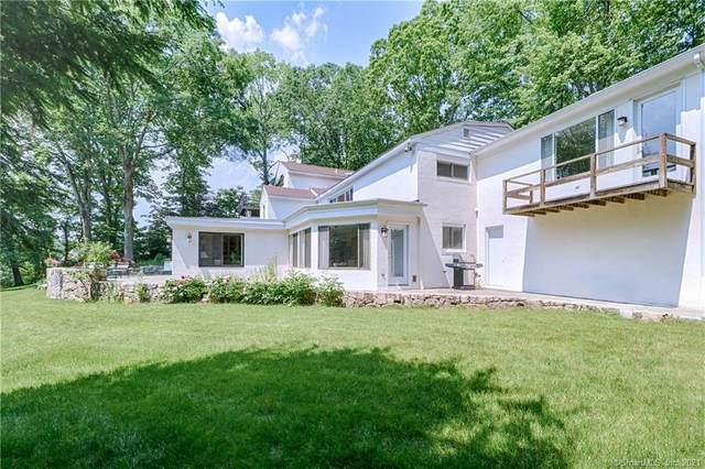 13 Hermit Lane, Westport, CT 06880 (MLS #170427876) :: Linda Edelwich Company Agents on Main