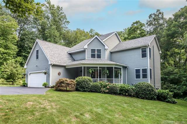 182 Lantern Park Lane N, Southbury, CT 06488 (MLS #170428065) :: Michael & Associates Premium Properties | MAPP TEAM