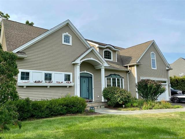 33 Cricket Court, Old Saybrook, CT 06475 (MLS #170428498) :: Carbutti & Co Realtors