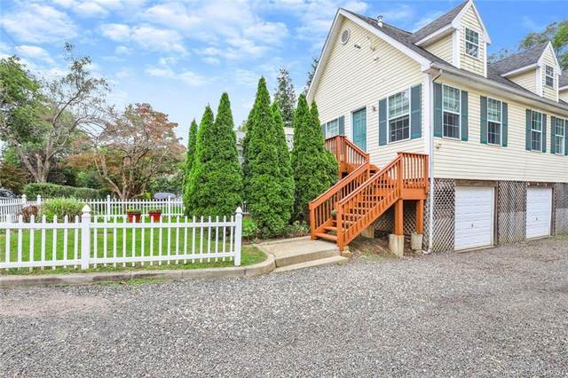 14 Hollow Wood Lane A, Greenwich, CT 06831 (MLS #170429205) :: Chris O. Buswell, dba Options Real Estate