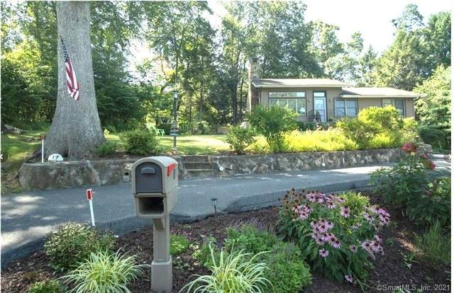 14 Willow Road, New Milford, CT 06776 (MLS #170429408) :: Linda Edelwich Company Agents on Main