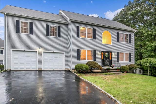 6 Hickory Hill #6, Shelton, CT 06484 (MLS #170429515) :: Linda Edelwich Company Agents on Main