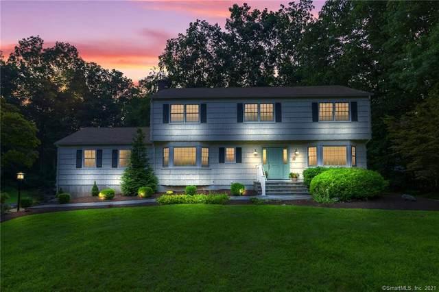 4 Viking Green, Westport, CT 06880 (MLS #170429891) :: Kendall Group Real Estate | Keller Williams