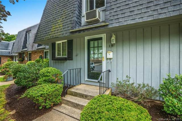861 S Main Street #19, Southington, CT 06479 (MLS #170431441) :: Linda Edelwich Company Agents on Main