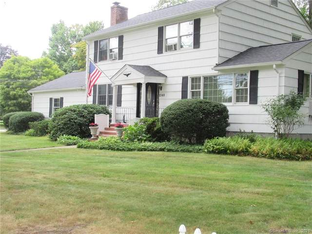 1340 Fairfield Woods Road, Fairfield, CT 06825 (MLS #170431689) :: Linda Edelwich Company Agents on Main