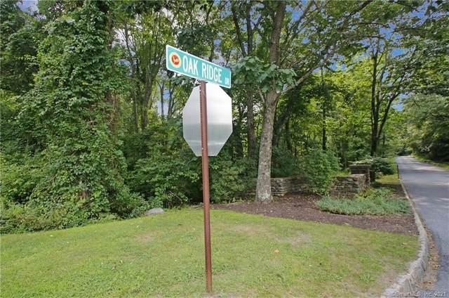 11 Oak Ridge Drive, Newtown, CT 06470 (MLS #170431939) :: Michael & Associates Premium Properties | MAPP TEAM