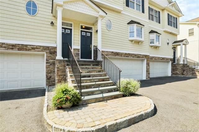 48 E Hayestown Road #106, Danbury, CT 06811 (MLS #170432884) :: GEN Next Real Estate