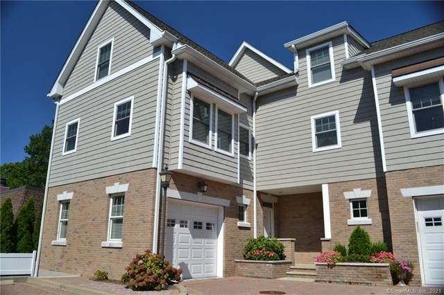 88 Maple Tree Avenue F, Stamford, CT 06906 (MLS #170432905) :: Carbutti & Co Realtors