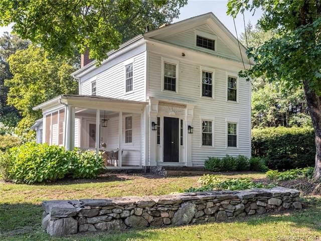 19 Pomperaug Road, Woodbury, CT 06798 (MLS #170432924) :: Chris O. Buswell, dba Options Real Estate