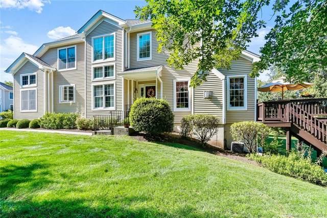 124 Imperial Court #124, Trumbull, CT 06611 (MLS #170433700) :: GEN Next Real Estate