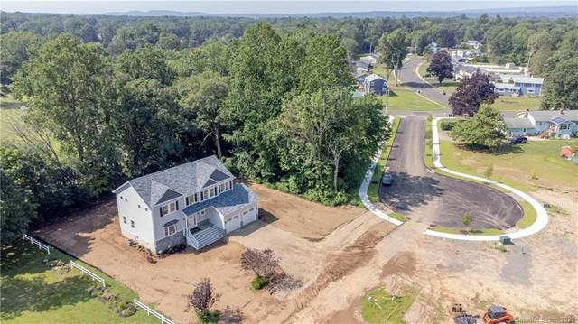 2 Sundown Place, North Haven, CT 06473 (MLS #170433710) :: The Higgins Group - The CT Home Finder