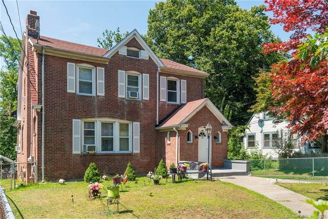 928 Townsend Avenue, New Haven, CT 06512 (MLS #170434340) :: Spectrum Real Estate Consultants