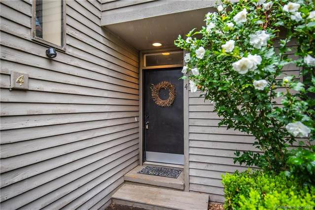 4 Heather Court #4, Woodbury, CT 06798 (MLS #170434675) :: Linda Edelwich Company Agents on Main