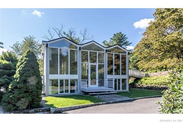 701 Old Academy Road, Fairfield, CT 06824 (MLS #170434823) :: Kendall Group Real Estate | Keller Williams