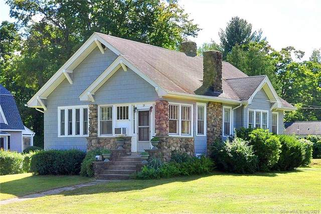 26 Dyer Avenue, Canton, CT 06019 (MLS #170435408) :: Linda Edelwich Company Agents on Main