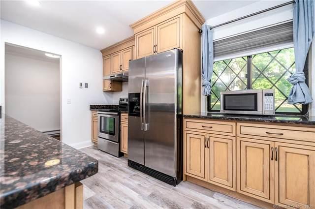 37 Columbus Place #4, Stamford, CT 06907 (MLS #170435458) :: Michael & Associates Premium Properties | MAPP TEAM
