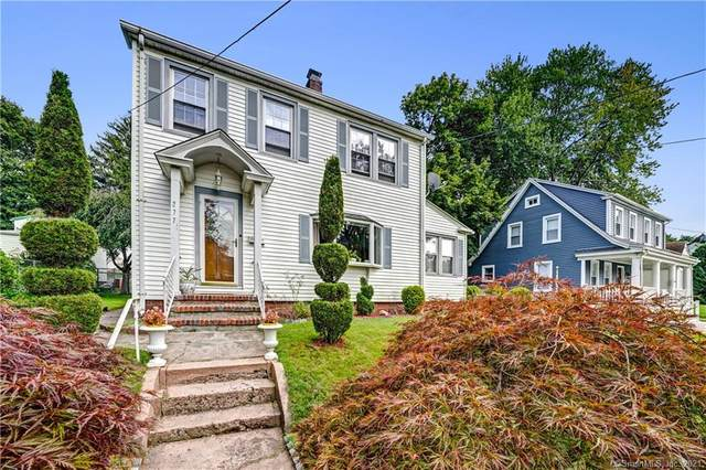 277 Kneeland Road, New Haven, CT 06512 (MLS #170435912) :: Linda Edelwich Company Agents on Main