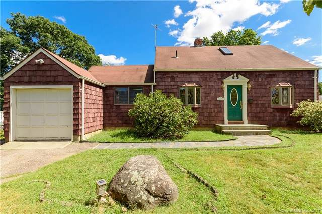 95 Wainwright Place, Stratford, CT 06614 (MLS #170436739) :: Linda Edelwich Company Agents on Main