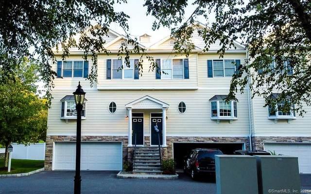 48 E Hayestown Road #302, Danbury, CT 06811 (MLS #170436743) :: GEN Next Real Estate