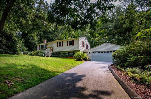 7 Lincoln Drive, Ledyard, CT 06335 (MLS #170437221) :: Chris O. Buswell, dba Options Real Estate
