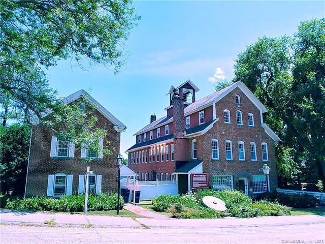 8 Holley Street, Salisbury, CT 06039 (MLS #170437353) :: Chris O. Buswell, dba Options Real Estate