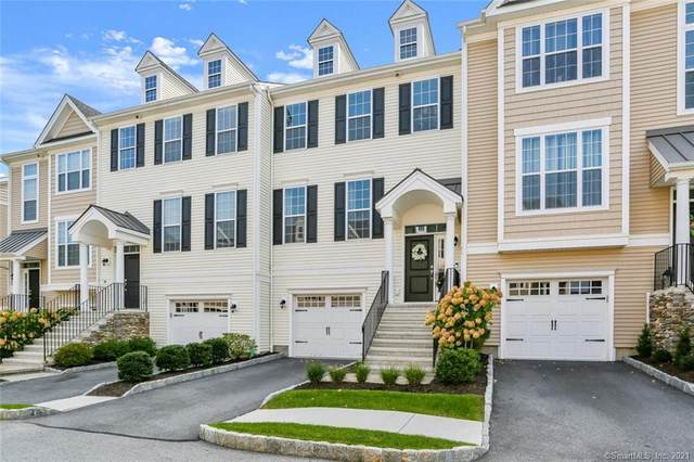 32 Moorland Drive #32, Danbury, CT 06810 (MLS #170437857) :: Chris O. Buswell, dba Options Real Estate