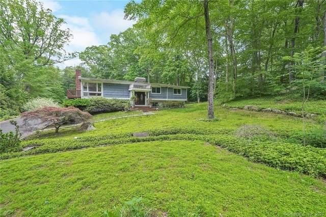 35 Nutmeg Drive, Greenwich, CT 06830 (MLS #170437919) :: Chris O. Buswell, dba Options Real Estate