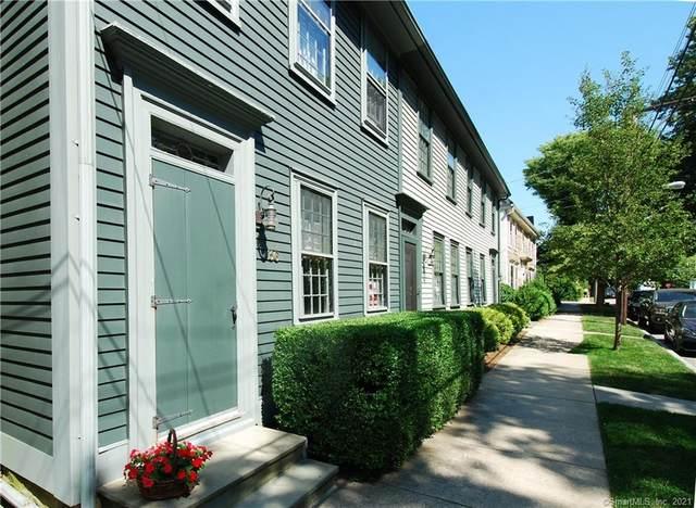 36 Main Street, Stonington, CT 06378 (MLS #170438147) :: Spectrum Real Estate Consultants