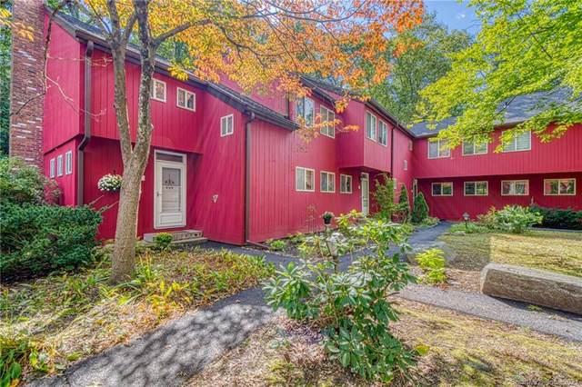 7 Lower Commons #7, Woodbury, CT 06798 (MLS #170438337) :: Michael & Associates Premium Properties | MAPP TEAM