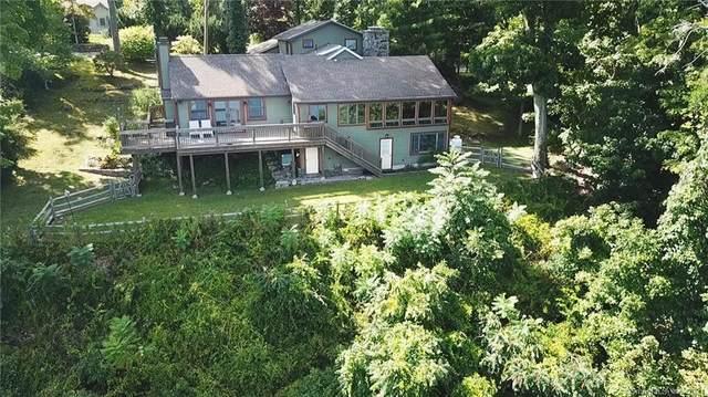 26 Hemlock Trail, New Fairfield, CT 06812 (MLS #170438493) :: Linda Edelwich Company Agents on Main