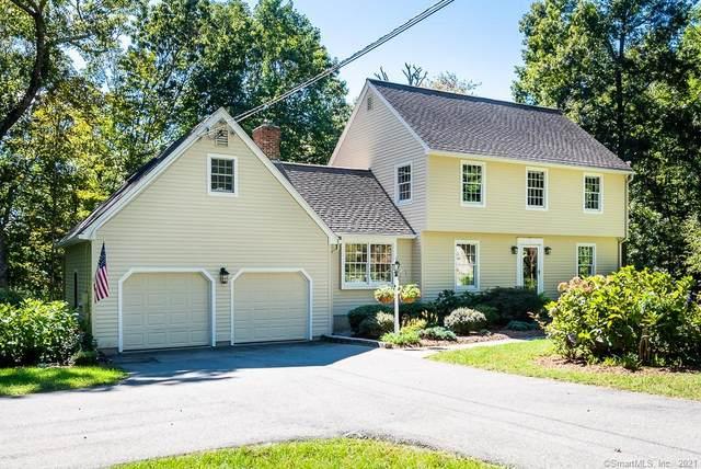9 Oakledge Drive, Essex, CT 06442 (MLS #170438674) :: Michael & Associates Premium Properties | MAPP TEAM