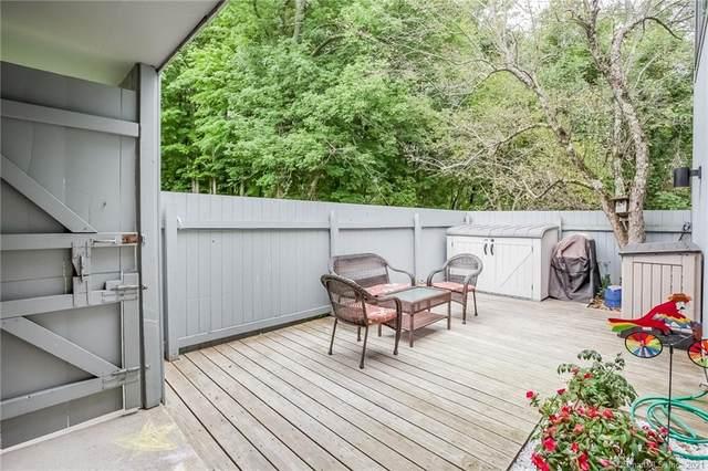 2 Winterberry Lane #2, Ridgefield, CT 06877 (MLS #170438710) :: Around Town Real Estate Team