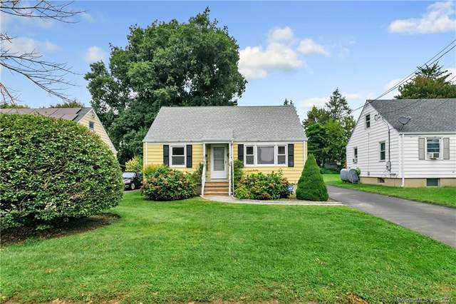 22 Crown Avenue, Norwalk, CT 06854 (MLS #170438790) :: Chris O. Buswell, dba Options Real Estate