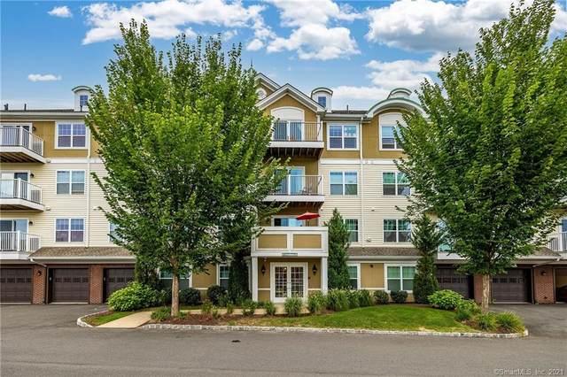 34 Schoolhouse Drive #404, West Hartford, CT 06110 (MLS #170438990) :: Michael & Associates Premium Properties   MAPP TEAM