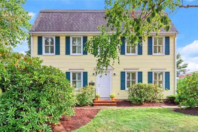 135 Oldfield Road #135, Fairfield, CT 06824 (MLS #170439026) :: Michael & Associates Premium Properties | MAPP TEAM