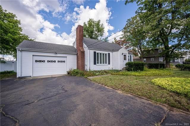 15 Eaton Street, North Haven, CT 06473 (MLS #170439183) :: Michael & Associates Premium Properties | MAPP TEAM