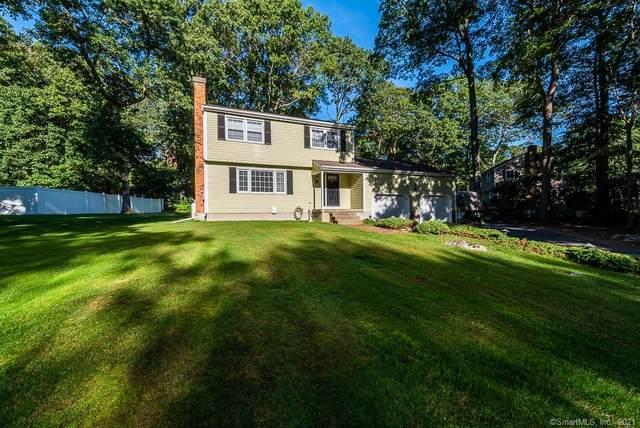 6 Stoneywood Drive, East Lyme, CT 06357 (MLS #170439256) :: Michael & Associates Premium Properties   MAPP TEAM