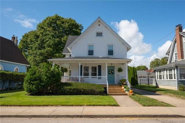 37 Lester Avenue, Stonington, CT 06379 (MLS #170439296) :: Spectrum Real Estate Consultants
