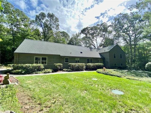 11 Pine Ridge, Woodbridge, CT 06525 (MLS #170439506) :: Carbutti & Co Realtors