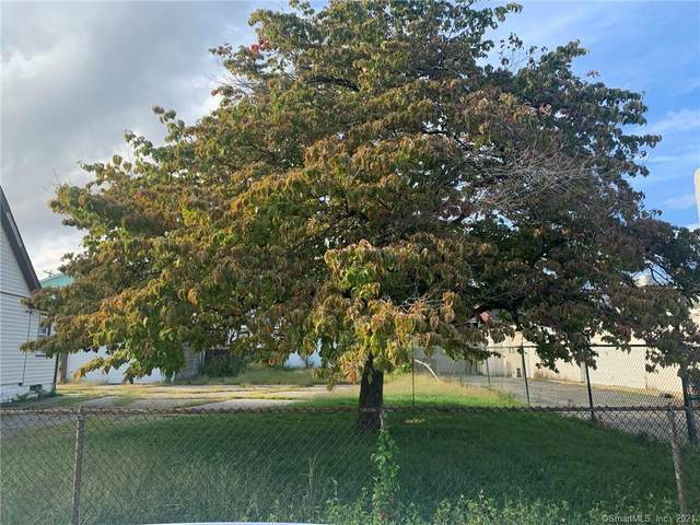 402 Garfield Avenue, Bridgeport, CT 06606 (MLS #170439797) :: Mark Seiden Real Estate Team