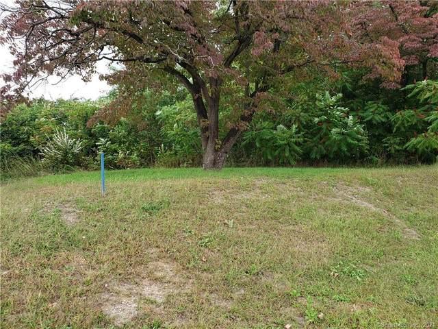 42 Newtown Road, Danbury, CT 06810 (MLS #170439846) :: Sunset Creek Realty