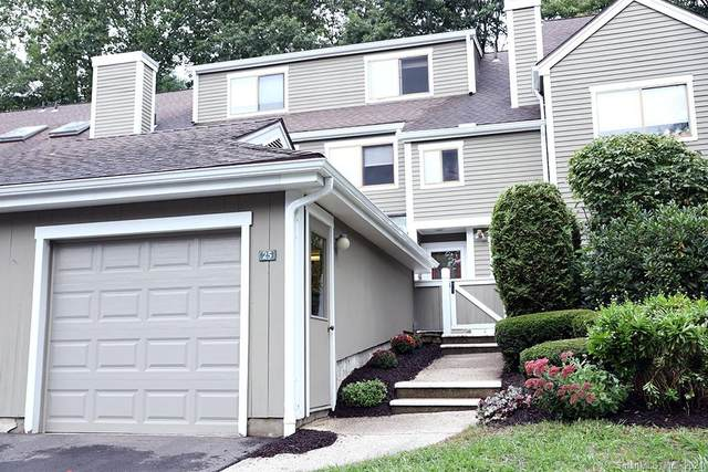 25 Country Walk #25, Shelton, CT 06484 (MLS #170440345) :: The Higgins Group - The CT Home Finder