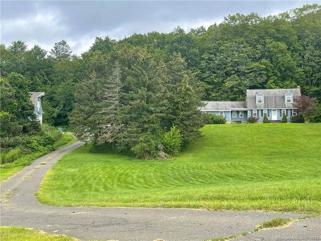 418 Higby Road, Middletown, CT 06457 (MLS #170440394) :: Carbutti & Co Realtors