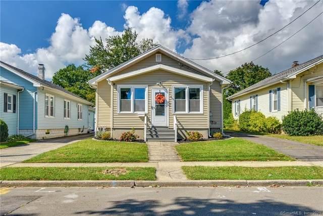 55 Woodcrest Avenue, Stratford, CT 06615 (MLS #170440403) :: Michael & Associates Premium Properties | MAPP TEAM